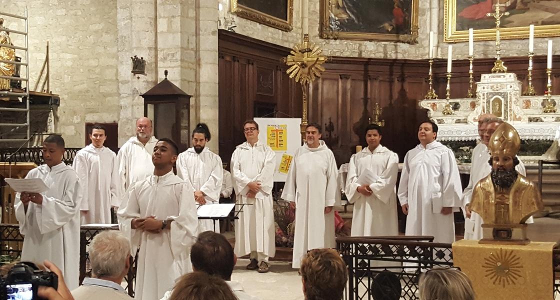 Concierto de Órgano y Coro Gregoriano de París