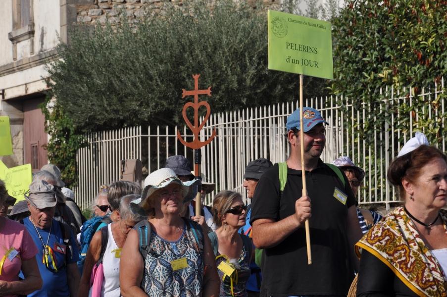 Peregrinación de Cofradías a la Abadía de Saint Gilles (8)