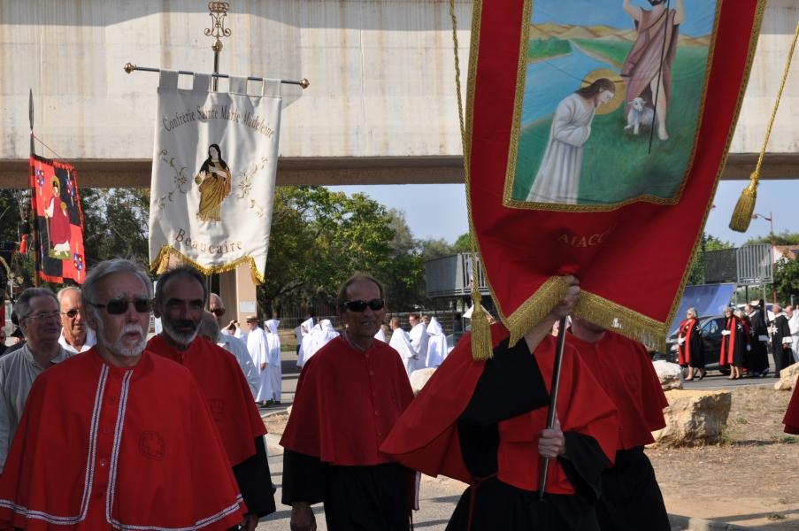 Peregrinación de Cofradías a la Abadía de Saint Gilles (3)
