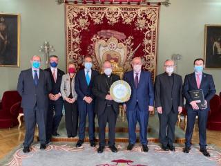 Recepción-Arzobispo-Toledo-a-Junta-Directiva-1